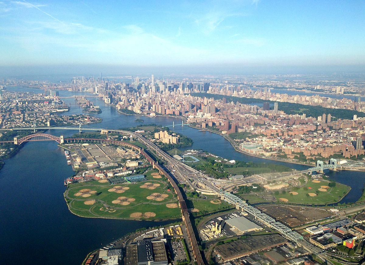 Randalls Island, New York / Wikipedia