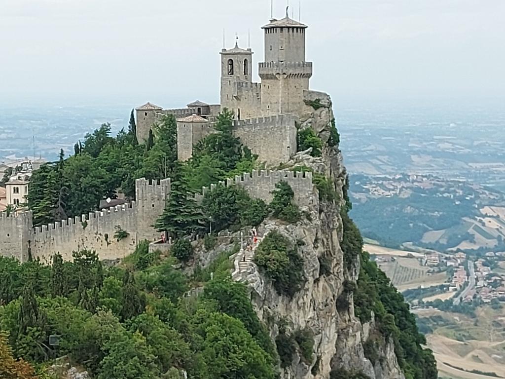 San Marino /Kimberly Sullivan